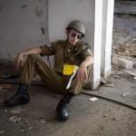 Israel advierte a Rusia contra entrega de misiles a Siria.