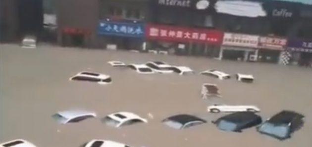 Se derrumba una presa en la provincia china de Henan debido a las graves inundaciones
