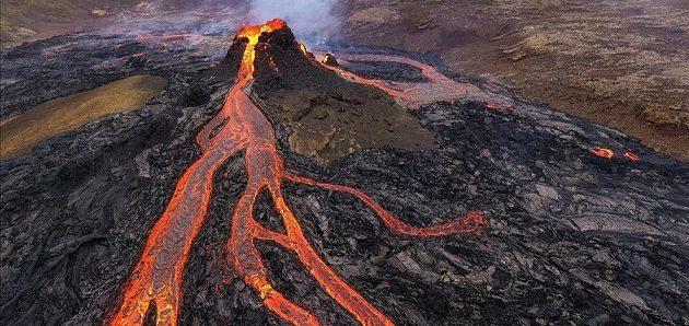 Medio centenar de volcanes están en erupción en el mundo.